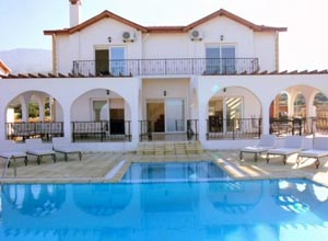 Kyrenia Holiday Villas